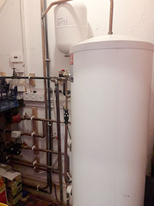Central heating in Middlewic